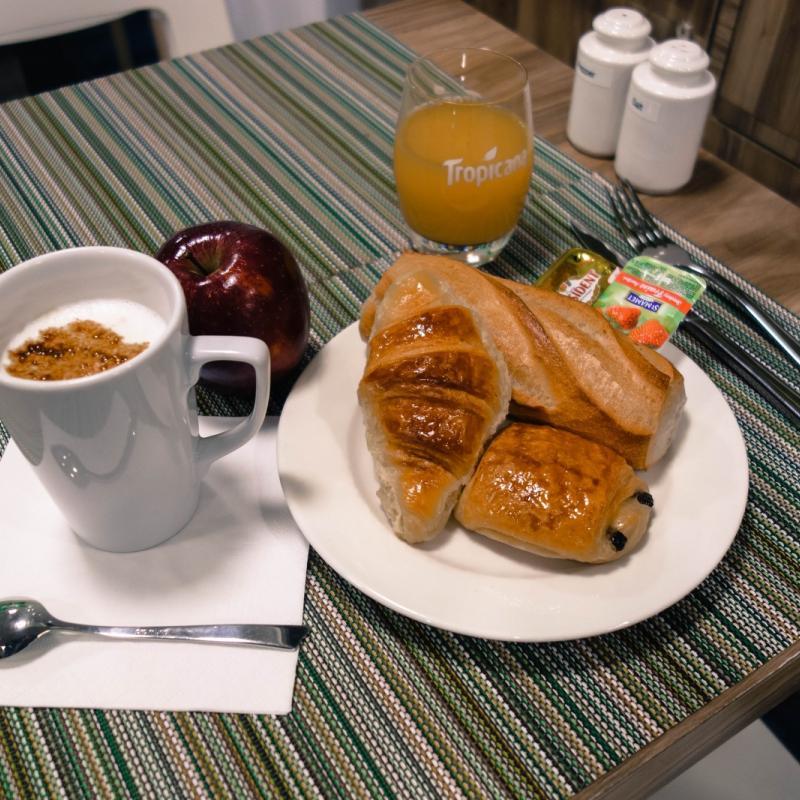 Hotel Prince Albert Wagram -Breakfast